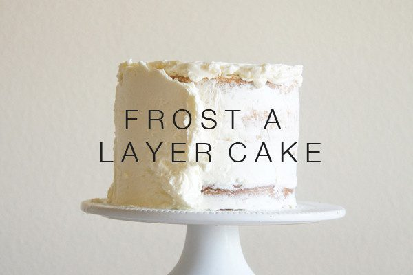 Sugary & Buttery - How to frost a layer cake