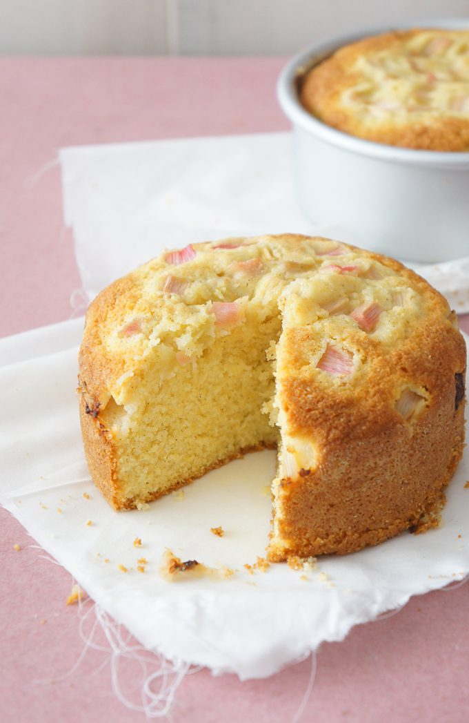 Sugary & Buttery - Vanilla Bean Polenta Cakes with Rhubarb (gluten-free)