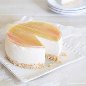 Sugary & Buttery - Rhubarb Summer Cheesecake with Vanilla Bean