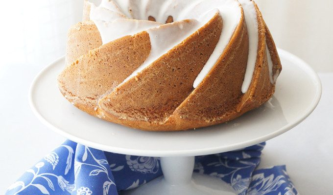 Toffee Bundt Cake with Mandarin