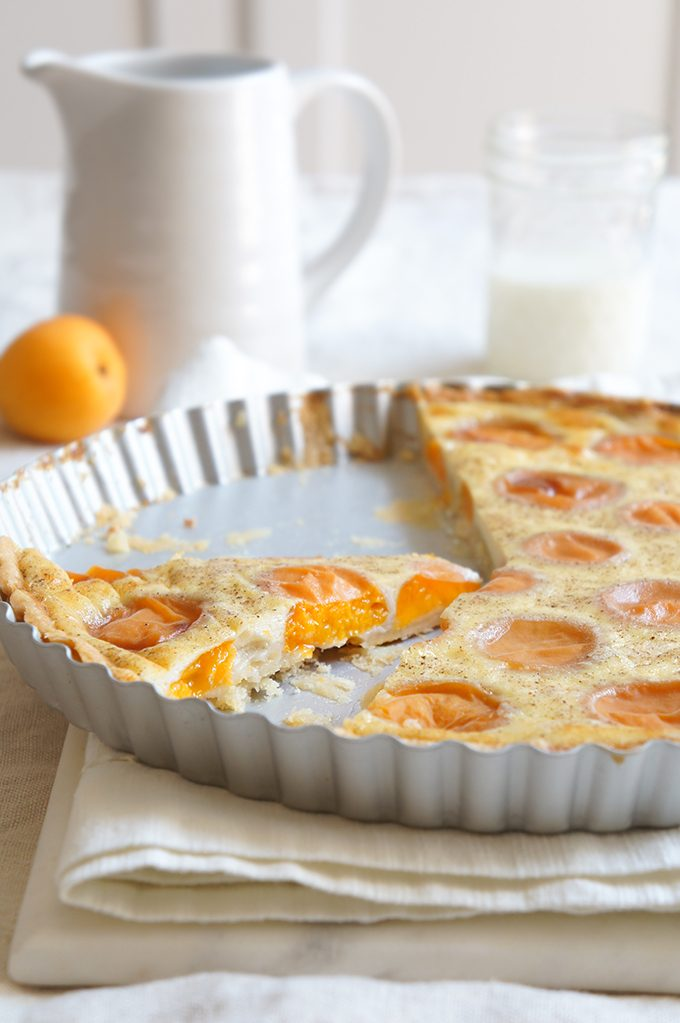 Sugary & Buttery - Apricot Vanilla Tarte with Almond Crust