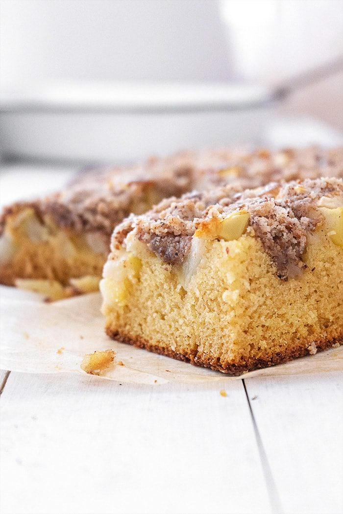 Sugary & Buttery - Apple Sheet Cake with Pecan Streusel